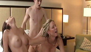 Hottest pornstars Mary Jane Johnson increased by Jodi West in awesome threesome, blowjob xxx movie