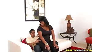 Black bitch Dana Dior gets her broad in the beam spoils nailed
