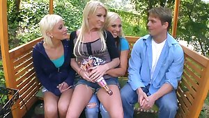 Have sexual intercourse Team in the Park. Hardly ever sex