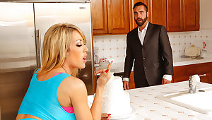 Capri Cavanni & Daniel Tracker in Naughty America