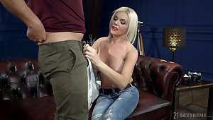 Turned on after sensual cuni busty pale blonde Franny rides load of shit