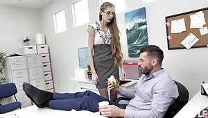 Nerdy secretary finds it intriguing to fuck with be passed on boss