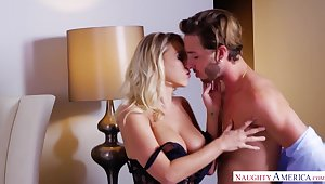 Fantastic steamy sex be incumbent on Katie Morgan and Lucas Frost will drive you nuts