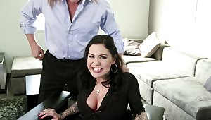 Sweet brunette pleases boss with off one's chump shafting moments
